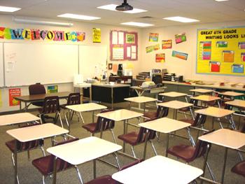 Middle School English Classroom_1
