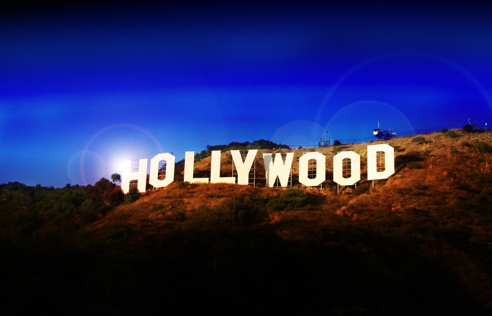 antique-hollywood-hills-background